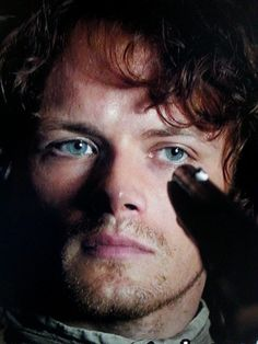 #Outlander Jamie Fraser (Sam Heughan), the pistol is going to melt ..................................................