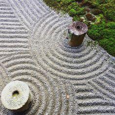 師走だって、心おだやかに過ごしたいよ #京都 #kyoto  #東福寺 #方丈庭園  #石庭 #波 #波紋