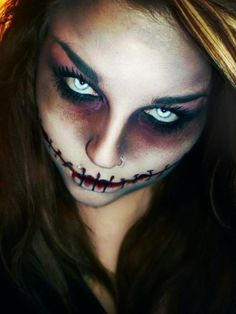 http://makeup-perfection.com/tutorials/makeup-tutorials-6-how-to-clean-makeup-brushes/ . 25 Makeup and Nail Looks for Halloween {The Weekly Round UP makeup  scary