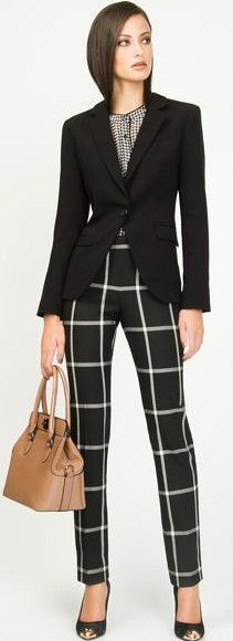 Stylish Fall Work Outfits Women With Checkered Pants 16 Office Fashion, Work Fashion, Style Work, My Style, Black And White Suit, Suits For Women, Clothes For Women, Mode Chic, Fall Outfits For Work
