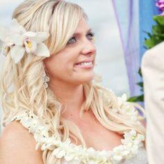 Hawaii wedding hair by Christine Gardner - www.flauntmakeovers.com