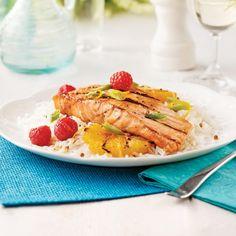 Pavé de saumon mariné aux fruits Tuna, Cantaloupe, Sushi, Grands Restaurants, Meat, Fruit, Parfait, Food, Glazed Salmon
