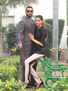 Bollywood Images, Bollywood Stars, Ranveer Singh, Deepika Padukone, Bollywood Actress, Actresses, Actors, Couples, Couple Photos