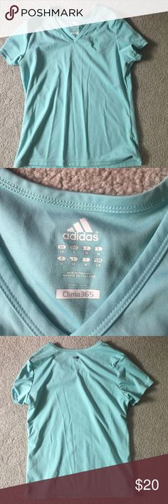 Adidas workout short sleeve top Lightly used in perfect condition! Adidas Tops Tees - Short Sleeve