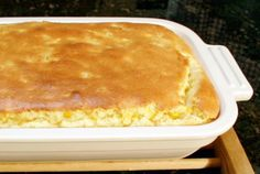 This is a delicious corn pudding recipe (corn casserole) made with butter, cream-style corn, whole kernel corn, eggs, and flour. Baked Corn Casserole, Corn Pudding Casserole, Vegetable Casserole, Vegetable Dishes, Casserole Recipes, Quiche Recipes, Casserole Dishes, Corn Recipes, Side Dish Recipes