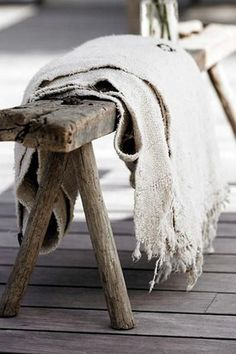 Raw Throw - Rough Textiles Are The New Linen, Here's Why - Photos