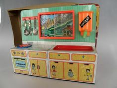 Vintage Tin Japan Toy Doll House Kitchen Appliances Stove Sink Antique Toys, Vintage Toys, Vintage Antiques, Toy Kitchen Set, Little Kitchen, Doll Toys, Dolls, Retro Kids, Tin Toys