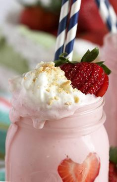 Strawberry Cheesecake Smoothies