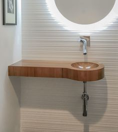 A durable epoxy based finish protects this wooden basin with integrated vanity. Vintage Bathroom Vanities, Floating Bathroom Vanities, Single Bathroom Vanity, Small Bathroom, Bathrooms, Vanity Countertop, Countertops, Wood Sink, Inside Garden