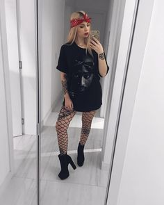 Snowman Print Sweatshirt Women Winter 2018 Fashion Ladies Festival Hoodies Crewneck Kawaii Printed Pullover Top Outfit White XL - New Ideas Rock Outfits, Edgy Outfits, Grunge Outfits, Summer Outfits, Cute Outfits, Fashion Outfits, Womens Fashion, Grunge Fashion, Concert Outfit Winter