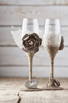 Rustic wedding glasses mr and mrs toasting flutes burlap wedding rustic wedding glasses toasting glasses by inesesweddinggallery solutioingenieria Choice Image
