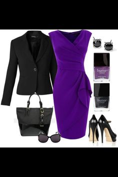 Vestido morado con saco negro