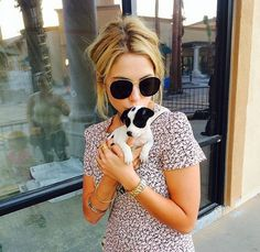 Ash benzo <3 ! Dress, glasses, puppy.. Lover her!