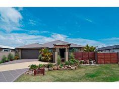 Photo of a tiles house exterior from real Australian home - House Facade photo 785806
