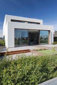 Gallery of Villa E / MARC architects - 15
