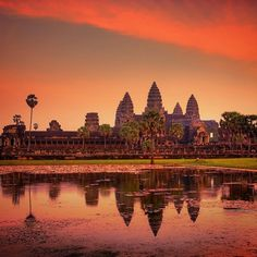 What a way to end the day. @samantha_t prefers #sunset over #sunrise at Angkor Wat. Have you been? Any tips? If it's on your #travelbucketlist, this week's #Top20 features an incredible two-week vacation through Cambodia & Vietnam from @gate1travel. #linkinprofile #AngkorWat #Cambodia #travelzoo