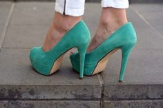 I need this! Not sure where or when I'll wear them, but I need them!