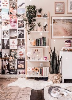 Living Room Inspo livingroom livingroomideas boholivingroom bohodecor bohohome livingroomdesigns livingroomideas is part of Room decor - Cute Bedroom Ideas, Cute Room Decor, Room Ideas Bedroom, Bedroom Inspo, Indie Room Decor, Travel Room Decor, Tumblr Room Decor, Bedroom Inspiration, Tumblr Room Inspiration