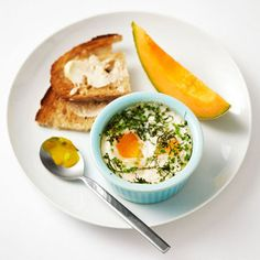 Pre-run breakfast... Baked Eggs with Herbs        Preheat the oven to 350 degrees F. Coat a 6-ounce ramekin with nonstick cooking spray.      Crack 2 eggs into prepared ramekin and top with 2 tablespoons low-fat milk, 1 tablespoon chopped fresh chives, 1 tablespoon chopped fresh basil, and a pinch each of salt and black pepper.      Bake about 15 minutes, until eggs are set.