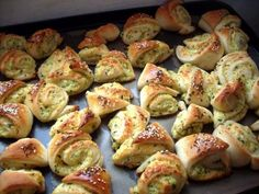 Biscuits, Savory Snacks, Ciabatta, Aesthetic Food, What To Cook, Food To Make, Food And Drink, Cooking Recipes, Tasty