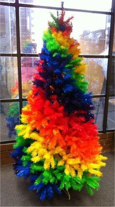 ❈ Rainbow xmas tree