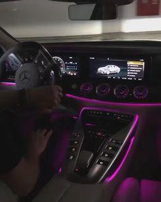 Huracan Lamborghini, White Lamborghini, Ferrari Car, Lamborghini Interior, Audi R8 Interior, Lamborghini Diablo, Mercedes Auto, Bild Girls, Top Luxury Cars