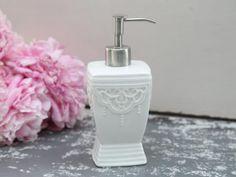 Chic-Antique-dispensador-sepillo-vano-ceramica-blanco-Shabby-Brocante-Pearl