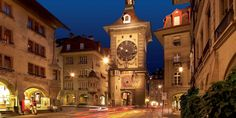 Bern's Clock Tower (Zytglogge) - Bern Tourism Switzerland Places To Visit, Switzerland Tourism, Berne, Places In Europe, Tour Guide, The Places Youll Go, Dream Vacations, Old Town, Big Ben
