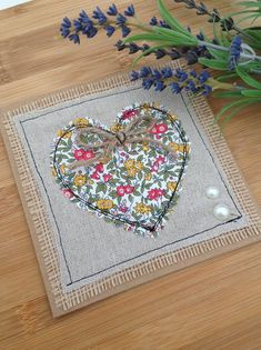 Items similar to Valentines heart card, Valentine's Day card, love card, liberty heart card, … – Happy Valentine's Day Cards Embroidery Cards, Free Motion Embroidery, Free Motion Quilting, Diy Quilting, Fabric Cards, Fabric Postcards, Freehand Machine Embroidery, Free Machine Embroidery, Happy Valentines Day Card