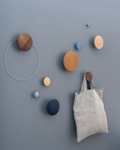 Modern and minimal storage home accessories inspiration from Muuto: The Dots are versatile wooden hooks in a functional, vibrant design. Line Art Design, Design Design, Interior Design, Hallway Inspiration, Design Inspiration, Interior Inspiration, Narrow Hallway Decorating, Muuto, Makeover Before And After