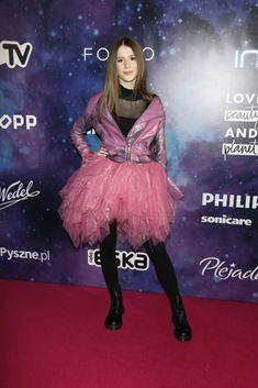 Roxy, Ballet Skirt, Skirts, Youtube, Anime, Beauty, Instagram, Fashion, Moda