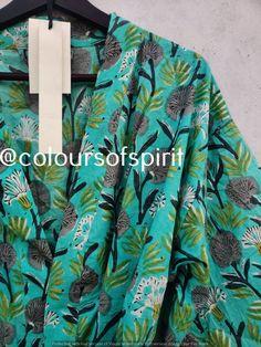 100% Cotton kimono Robes,indian Cotton Kimono long Boho Bohemian Sleepwear Bath Robes Women Nightgown Handmade Gown Maxi Beach Cover up #093 Cotton Kimono, Kimono Dress, Housecoat, Holiday Pajamas, Bridesmaid Robes, Gowns, Beach Covers, Kimono Fashion, Hippie Style
