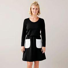 PEPPI mekko taskuilla, musta   NOSH verkkokauppa