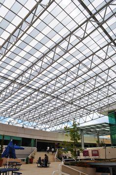 Grandes proyectos....grandes soluciones, sólo con #Danpal. #roof #policarbonato #designs #arquitectura #archilovers #light #lightarchitecture #picoftheday #danpalon #skylight #architecture
