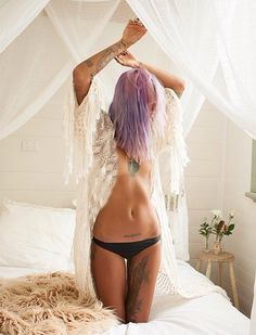 Love the lower stomach tattoo
