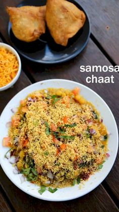 samosa chaat recipe, how to make samosa matar chaat recipe with step by step photo/video. popular street food made by deep fried samosa and chaat chutney's. Samosa Chaat, Samosas, Papdi Chaat, Spicy Recipes, Indian Food Recipes, Cooking Recipes, Pakistani Food Recipes, Indian Snacks, Snacks Recipes