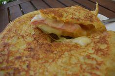 Καταπληκτική - χορταστική Ισπανική ομελέτα !!! ~ ΜΑΓΕΙΡΙΚΗ ΚΑΙ ΣΥΝΤΑΓΕΣ Egg Dish, Yummy Food, Delicious Recipes, Sandwiches, Cooking Recipes, Dishes, Ethnic Recipes, Recipes