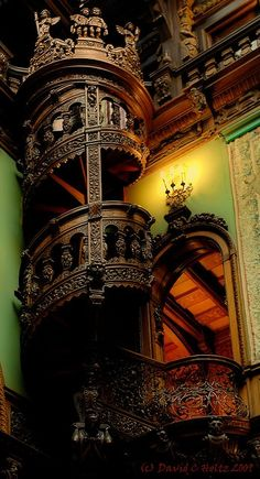 Romania's most beautiful castle, Peles Castle, Romania Abandoned Castles, Abandoned Houses, Old Houses, Peles Castle, Medieval Castle, Beautiful Castles, Beautiful Buildings, Beautiful Architecture, Architecture Details