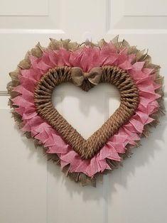Diy Valentines Day Wreath, Valentine Tree, Valentines Day Decorations, Valentine Day Crafts, Valentines Hearts, Valentine Ideas, Wreath Crafts, Diy Wreath, Door Wreaths