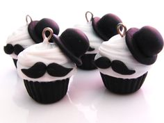 These Clay Cupcake Charms just blew it over the top for me. Absolutely adorable!