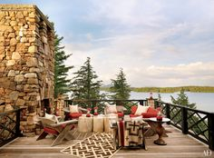 Lake View - Wooden Dock - Backyard Style - Patio Design - Outdoor Fireplace - Home Ideas