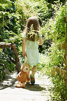 A walk through the garden with teddy Little People, Little Ones, Little Girls, Beautiful Children, Beautiful Babies, Bonheur Simple, Walk To Remember, Country Life, Cute Kids