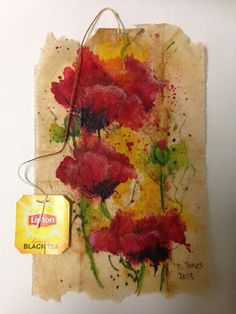 My teabag art for today is an abstract of Poppies. This was a used teabag primed with clear gesso and painted with watercolor and gouac. Watercolor Sketchbook, Watercolor Artwork, Watercolor Flowers, Tea Bag Art, Tea Art, Diy Projects To Try, Art Projects, Coffee Filter Art, Upcycled Crafts