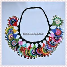 This Pin was discovered by Nez Crochet World, Knit Crochet, Textiles, Crochet Accessories, Knitting Patterns, Crochet Necklace, Chokers, Handmade, Instagram
