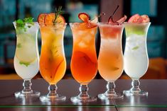 Most Popular Cocktails, Fun Cocktails, Cocktail Recipes, Crinkle Cookies, Fall Inspiration, Vegetable Drinks, Natural Sugar, Natural Flavors, Diy