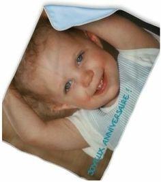 couverture personnalisée avec photo pour bébé. Couverture polaire bleue.
