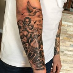 Praying hands and dove smaller scale for tricep piece – Hand Tattoos Forarm Tattoos, Forearm Sleeve Tattoos, Dad Tattoos, Best Sleeve Tattoos, Tattoo Sleeve Designs, Couple Tattoos, Tattoo Designs Men, Body Art Tattoos, Inside Bicep Tattoo