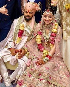 Virat Kohli and Anushka Sharma marriage: Indian captain Virat Kohli and Bollywood actress Anushka Sharma promised each other to be bound in love forever. The newlywed couple will host a reception on December and for close family and friends. Bollywood Couples, Bollywood Wedding, Bollywood Celebrities, Bollywood Fashion, Bollywood Lehenga, Telugu Wedding, Indian Celebrities, Anushka Sharma Virat Kohli, Virat And Anushka