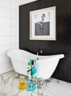 Cool And Elegant Melbourne House Of A Famous Illustrator : Chic And Stylish Melbourne House Of A Famous Illustrator With White Black Bathroom Wall Bath Tub Blue Towel And Aromatheraphy Oil And Ceramic Shower Glamorous Bathroom, Beautiful Bathrooms, Dressing Room Design, Megan Hess, Armelle, Melbourne House, Attic Renovation, Celebrity Houses, Bathroom Interior Design