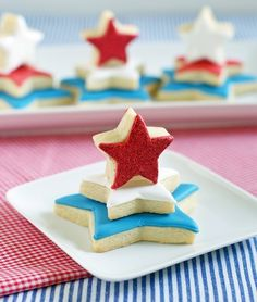 Red, white & blue cookie towers from Bake at 350